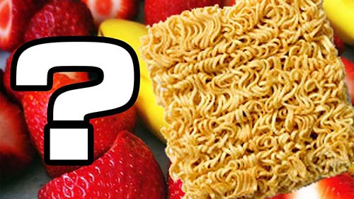 Strawberry & Banana Ramen? From Ukraine? - Unboxing Time